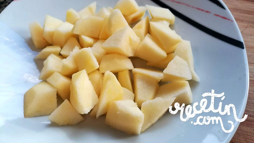 tartaletas de manzana y queso de cabra
