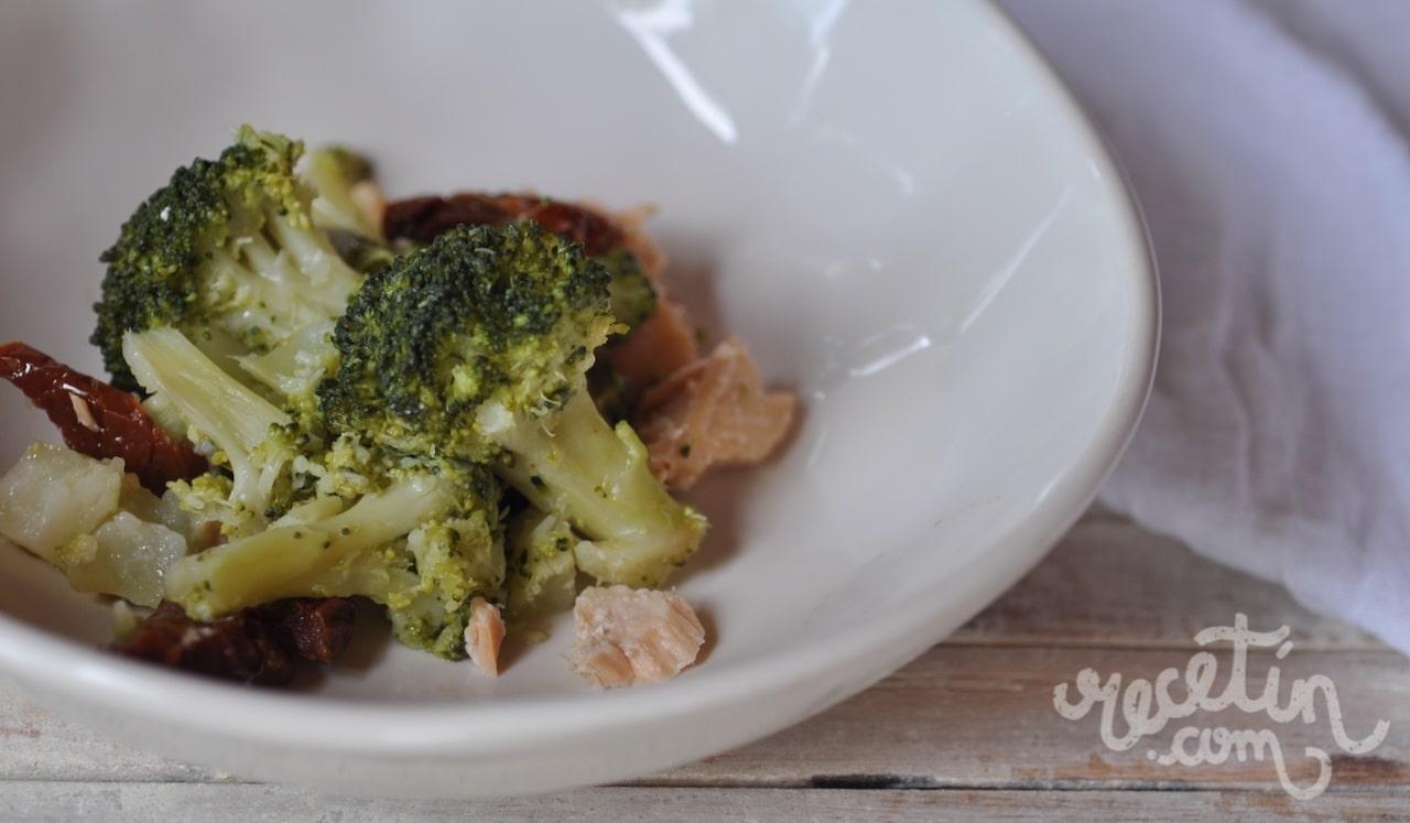 Brócoli con salmón